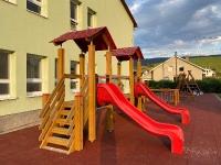 Detské ihrisko - guma nahradila štrk, 13. august 2020
